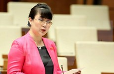 Consejo Popular de Hanoi aprueba suspensión de funciones de una diputada