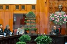 Líderes de Vietnam prometen condiciones óptimas para inversores japoneses