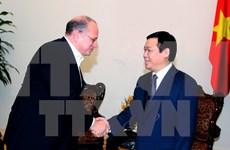 Vicepremier de Vietnam estimula inversiones de AIA en su país