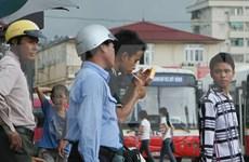 El 45,3 por ciento de hombres vietnamitas son fumadores, dice sondeo global