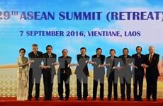 Vietnam contribuye activamente a éxito de cumbres de ASEAN