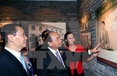 Premier de Vietnam visita antiguo internado de revolucionarios coterráneos en China