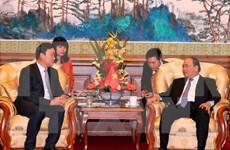 Premier de Vietnam se reúne con banqueros y ejecutivos empresariales de China