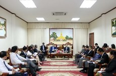 Vicepremier de Laos elogia relaciones de cooperación con Vietnam