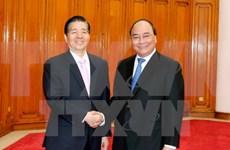 Premier de Vietnam recibe a ministro de Seguridad Pública de China