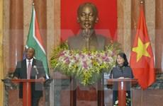 Evalúan Sudáfrica y Vietnam potencialidades de cooperación económica