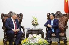 Vicepremier de Vietnam aboga por mayor cooperación económica con Reino Unido