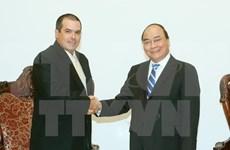 Premier de Vietnam aboga por una mayor cooperación entre VNA y Prensa Latina