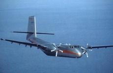Hallan restos de avión desparecido en Indonesia