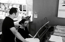 Presentan en Hanoi obra inspirada en teatro popular vietnamita
