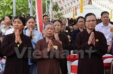 Celebran ceremonia religiosa en Vietnam por fallecidos en accidentes de tránsito