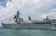 [Fotos] Exposiciones de naves en Feria Internacional de Defensa Marítima en Singapur