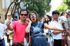 """[Fotos] Una """"aldea europea"""" en el seno de Hanoi"""