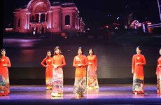 [Foto] Desfile de trajes tradicionales de países de ASEAN