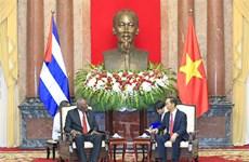 (Foto) Altos dirigentes vietnamitas reciben a vicepresidente cubano, Salvador Valdés Mesa