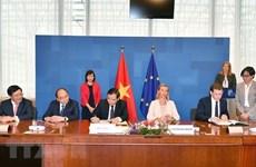 Vietnam y Unión Europea suscriben acuerdo voluntario de asociación para evitar tala ilegal