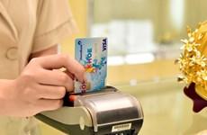 Sugieren en Vietnam a reducir tarifas para tarjetas de crédito internacionales