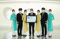 Vietnam Airlines recibe certificado de cinco estrellas en seguridad y prevención contra el COVID-19