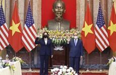 Presidente de Vietnam recibe a la vicepresidenta estadounidense