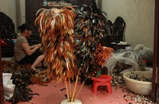[Video] Oficio de confección de plumero en Vietnam