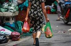 Lucha contra basuras plásticas en Vietnam: Todo comienza en la concientización