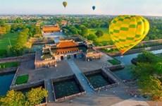 (Video) Colorido Festival Internacional de Globos Aerostáticos en Vietnam