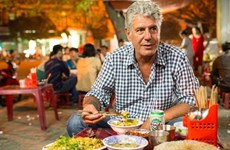 (Video) Anthony Bourdain, amante de gastronomía vietnamita