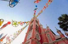 [Video] Catedral Notre Dame, obra maestra de arquitectura francesa en Ciudad Ho Chi Minh