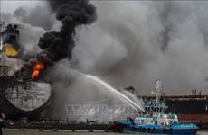 Al menos 22 heridos en incendio de petrolero en Indonesia