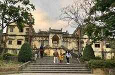 Exploran la antigua mansión Hoang A Tuong en la meseta blanca de Bac Ha