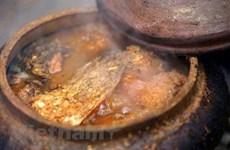 (Video) La aldea de Vu Dai se apresura a preparar pescado para el Año Nuevo Lunar
