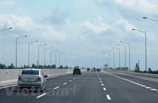Viceprimer ministro: Vietnam tendrá tres mil kilométros de carreteras en etapa 2021-2030