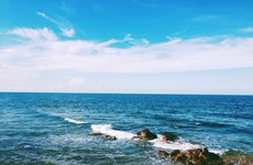 Bai Dong, una playa inexplorada en el centro de Vietnam