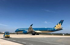 Vietnam recibe primer vuelo internacional proveniente de Corea del Sur tras el COVID-19