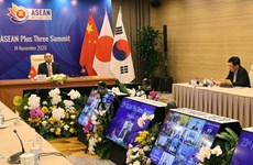 Países de ASEAN+3 ratifican compromiso de agilizar cooperación en lucha contra el COVID-19