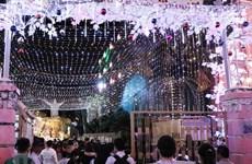 Celebran Navidad en localidades de Vietnam