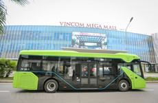 Ponen a prueba en Vietnam los primeros autobuses eléctricos