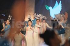 [Foto] Noche de Ao Dai honra los valores tradicionales de Vietnam