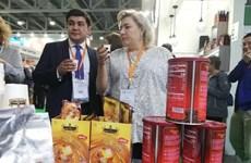 Mercado de alimentos y bebidas de Vietnam acapara gran interés de empresas extranjeras
