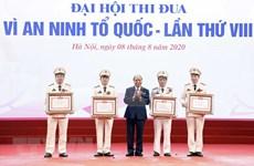 Premier de Vietnam llama a agilizar movimientos por seguridad de la Patria