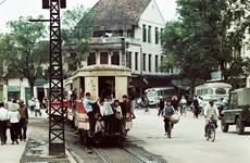 Exposición de fotógrafo alemán brinda al público visión sobre Hanoi en época antigua