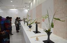 [Fotos] Arreglos florales de artistas vietnamitas en exhibición en Japón