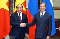 [Fotos] El primer ministro vietnamita, Nguyen Xuan Phuc, y su par ruso, Dmitri Medvedev, en una conversación oficial en Moscú.