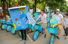 [Fotos] Cientos de ciclistas asumen a la campaña para una zona urbana sin residuos