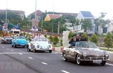 [Foto] Desfile de autos clásicos en la antigua ciudad de Hoi An