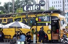 [Foto] Cafetería de autobús en Hanoi