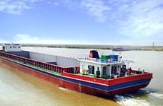 Rebajan más de 10 veces tarifas de transporte fluvial entre Vietnam y Camboya
