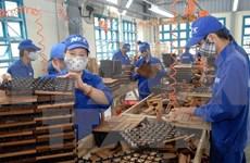 Inversiones extranjeras en Vietnam alcanzan 18 mil millones de dólares
