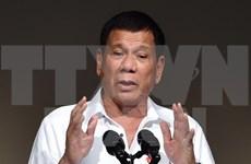 Rodrigo Duterte sostiene diálogo telefónico con Trump