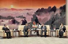 China busca fortalecer asociación con Vietnam